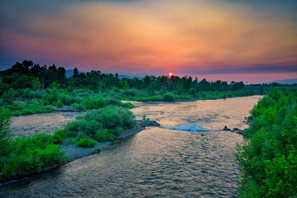 brennans-wave-on-the-clark-fork-river-as-it-flows-through-missoula-montana--102986
